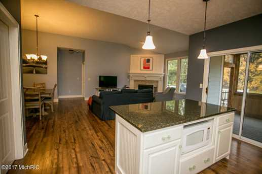 12508 Retreat Drive - Photo 7