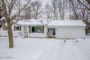 2508 Rolling Hill - Photo 1