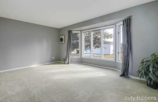 8115 Engelhurst Drive - Photo 3