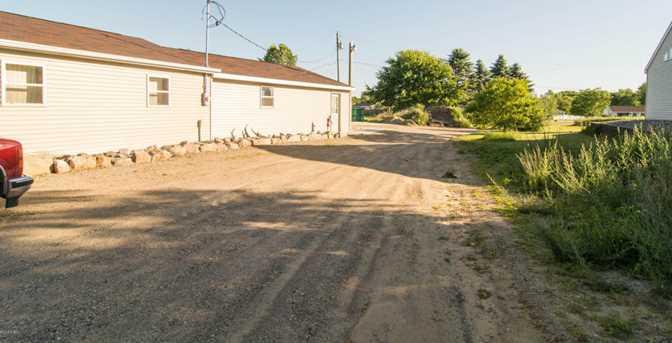 210 E Parmeter Road - Photo 47