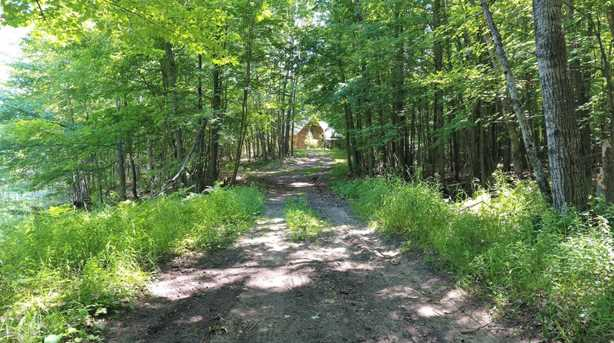 9751 Canal Rd - Photo 3
