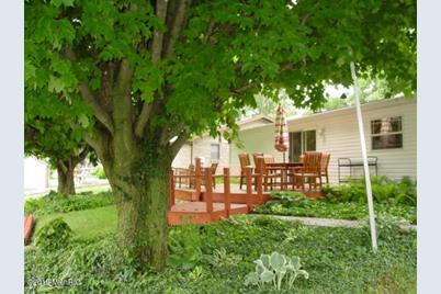 46938 Meadow Lane - Photo 1