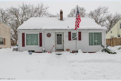 1231 Woodrow Drive - Photo 1