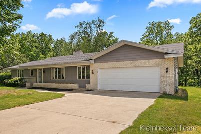 3580 Ridgewood Drive - Photo 1