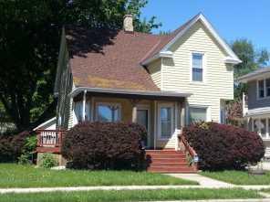 636  Grove Ave - Photo 1