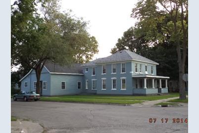 1430  Mississippi St #1432,1434 & 906 SO 15TH - Photo 1
