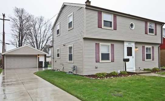 825  Marion Ave - Photo 1
