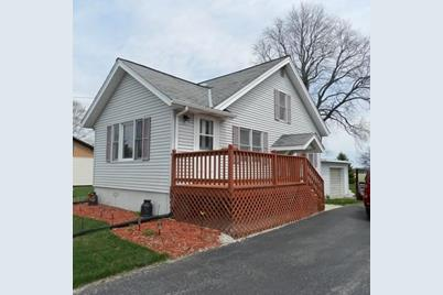 4435 S Beaumont Ave - Photo 1