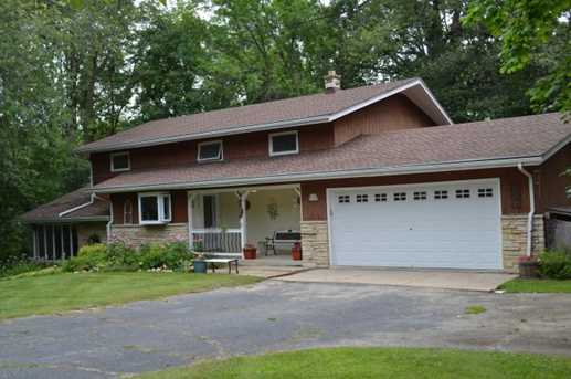 W138N7356  Melville Dr - Photo 1