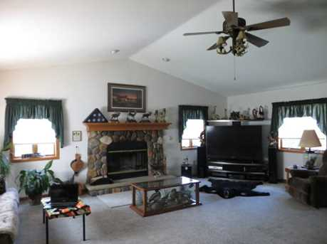 W225 Belleview Ave - Photo 1
