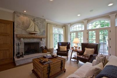 N1538  Forest Hills Ct - Photo 1