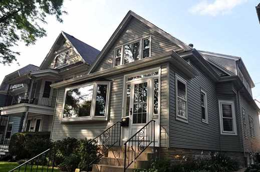 2878 S Wentworth Ave - Photo 1