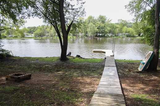 2101  Lakeshore Dr - Photo 1