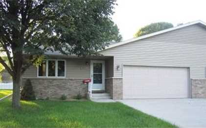 3062  Linden Dr - Photo 1