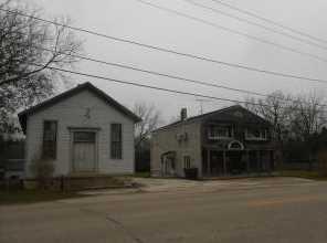 S52W28731  Saylesville Rd - Photo 1