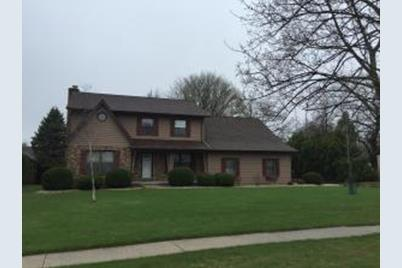 3925  Indian Bluff Dr - Photo 1