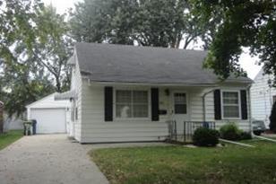 452  Prairie Ave - Photo 1