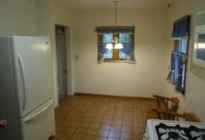 306 N Newcomb St - Photo 3