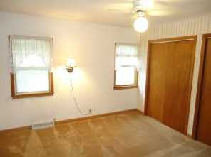 306 N Newcomb St - Photo 5
