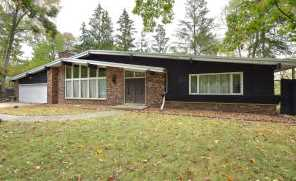 34334  Valley Rd - Photo 1