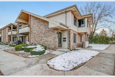 1681 S Carriage Ln, New Berlin, WI 53151 - MLS 1667530 - Coldwell Banker