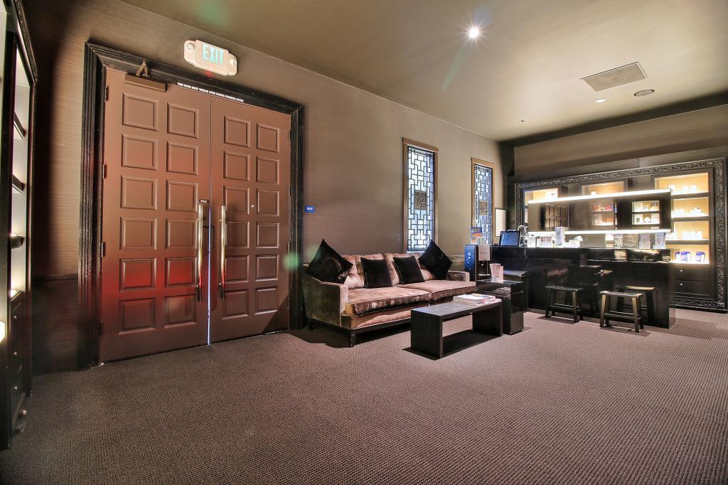 Additional photo for property listing at 351 Saratoga Ave  SANTA CLARA, CALIFORNIA 95050
