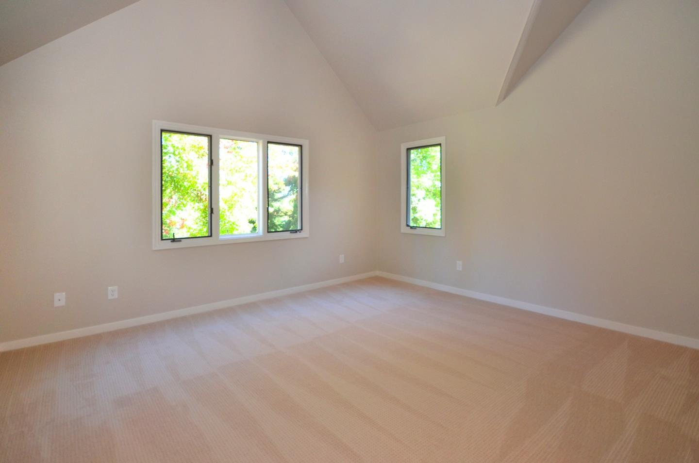 Additional photo for property listing at 109 Rockridge Ct  SANTA CRUZ, CALIFORNIA 95060