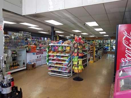 992 El Monte Ave - Photo 3