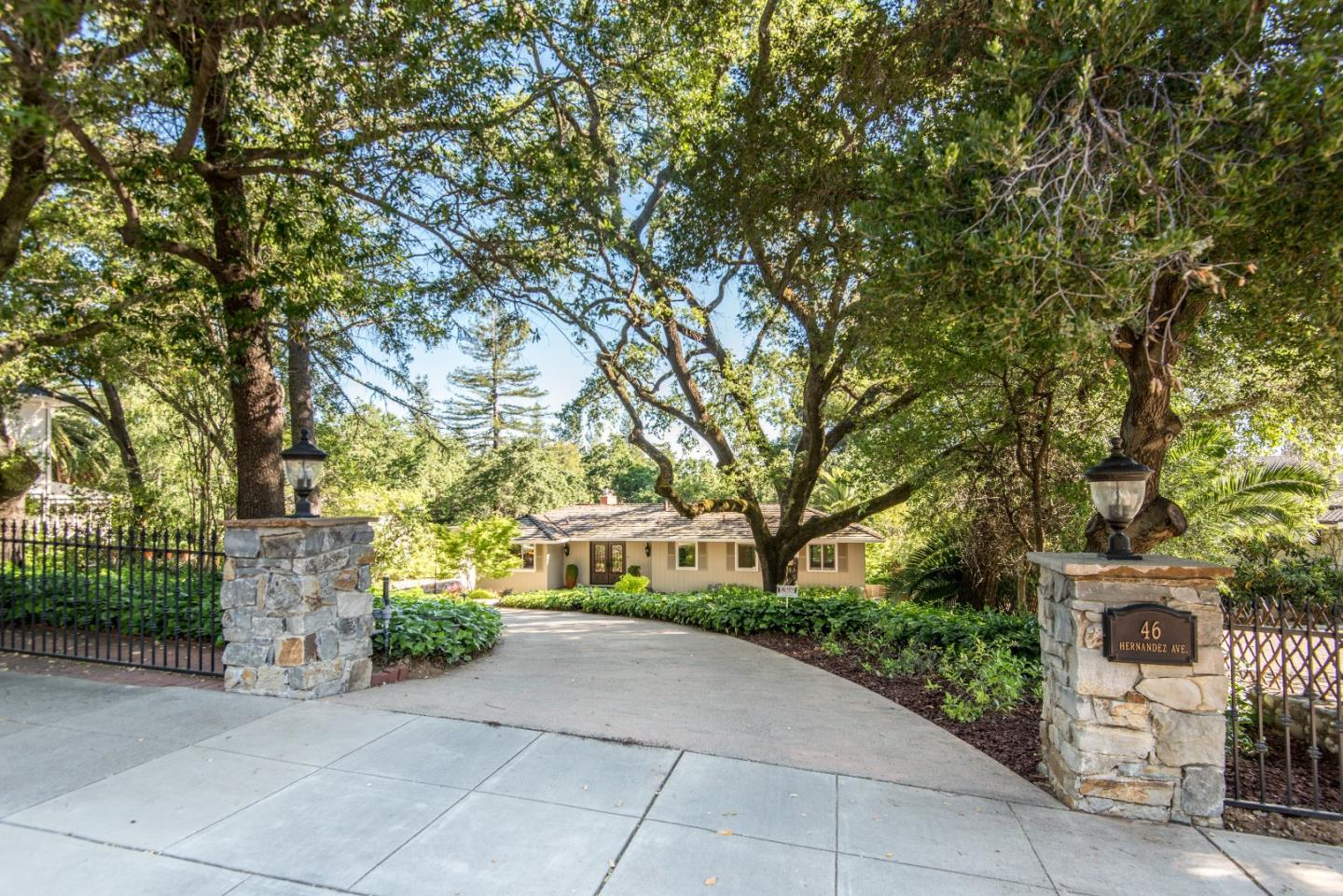 Additional photo for property listing at 46 Hernandez Ave  LOS GATOS, CALIFORNIA 95030