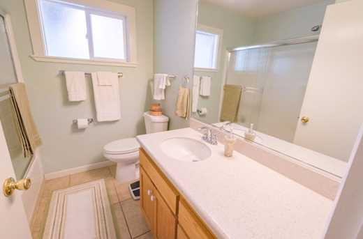 14864 Pleasant Valley Dr - Photo 15