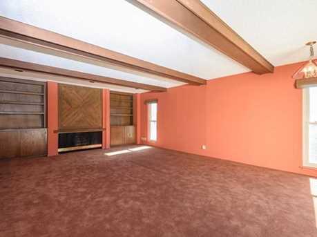 257 Arlington Rd Penthouse - Photo 13