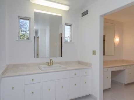 257 Arlington Rd Penthouse - Photo 19