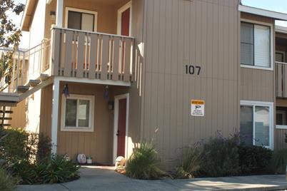 107 Rancho Dr E - Photo 1