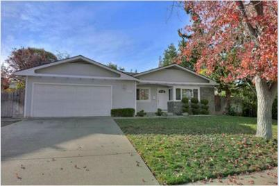 1537 Norland Dr - Photo 1