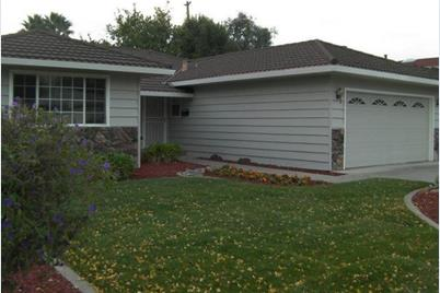 1311 N Hillview Dr - Photo 1
