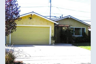 718 Coyote Rd - Photo 1