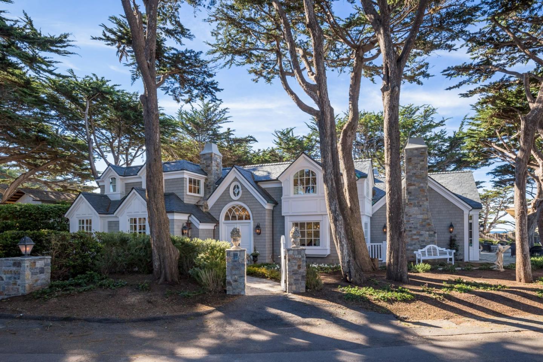 26200 ocean view ave carmel ca 93923 mls 81469336 for Carmel house