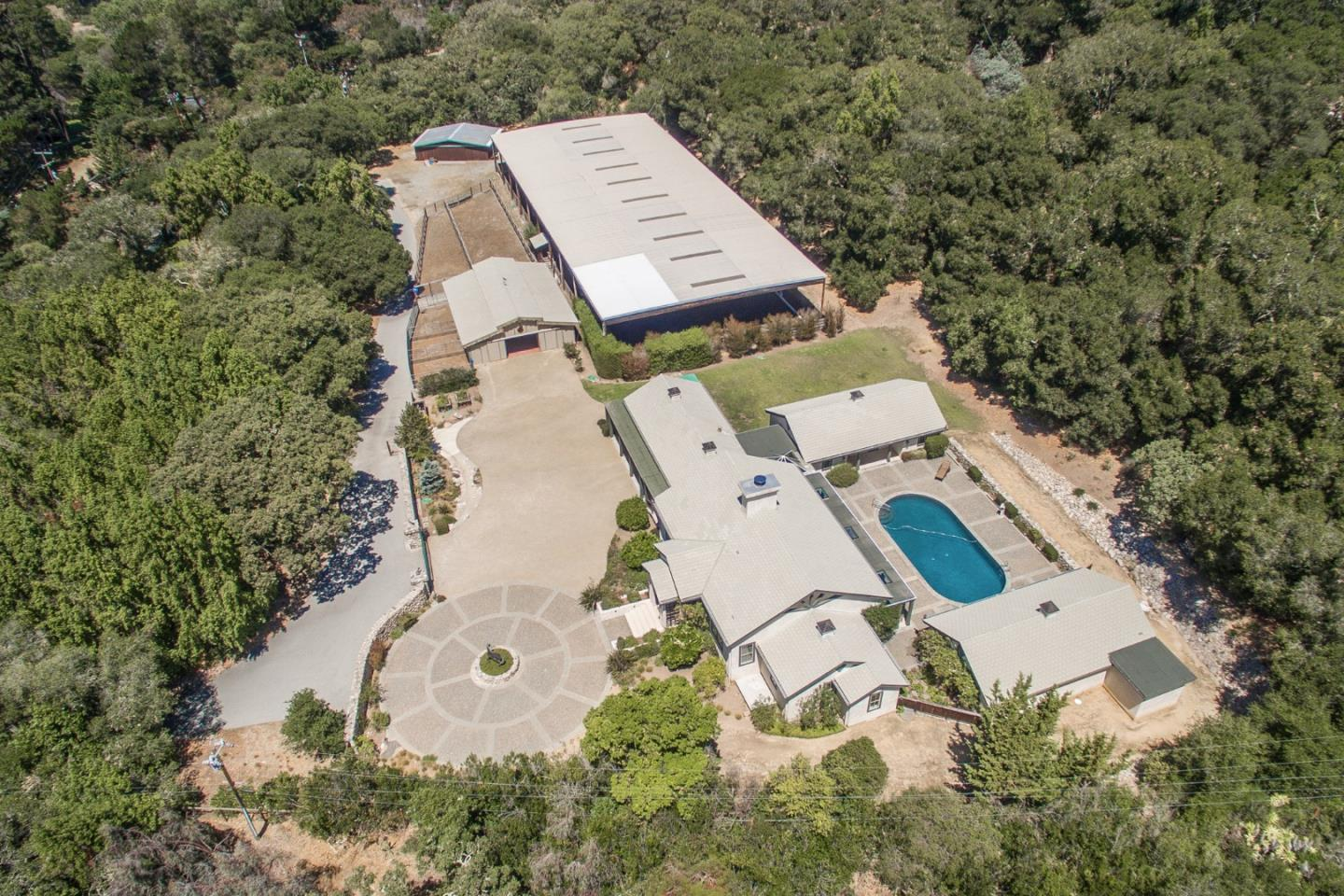 Additional photo for property listing at 515 W Carmel Valley Rd  CARMEL VALLEY, CALIFORNIA 93924