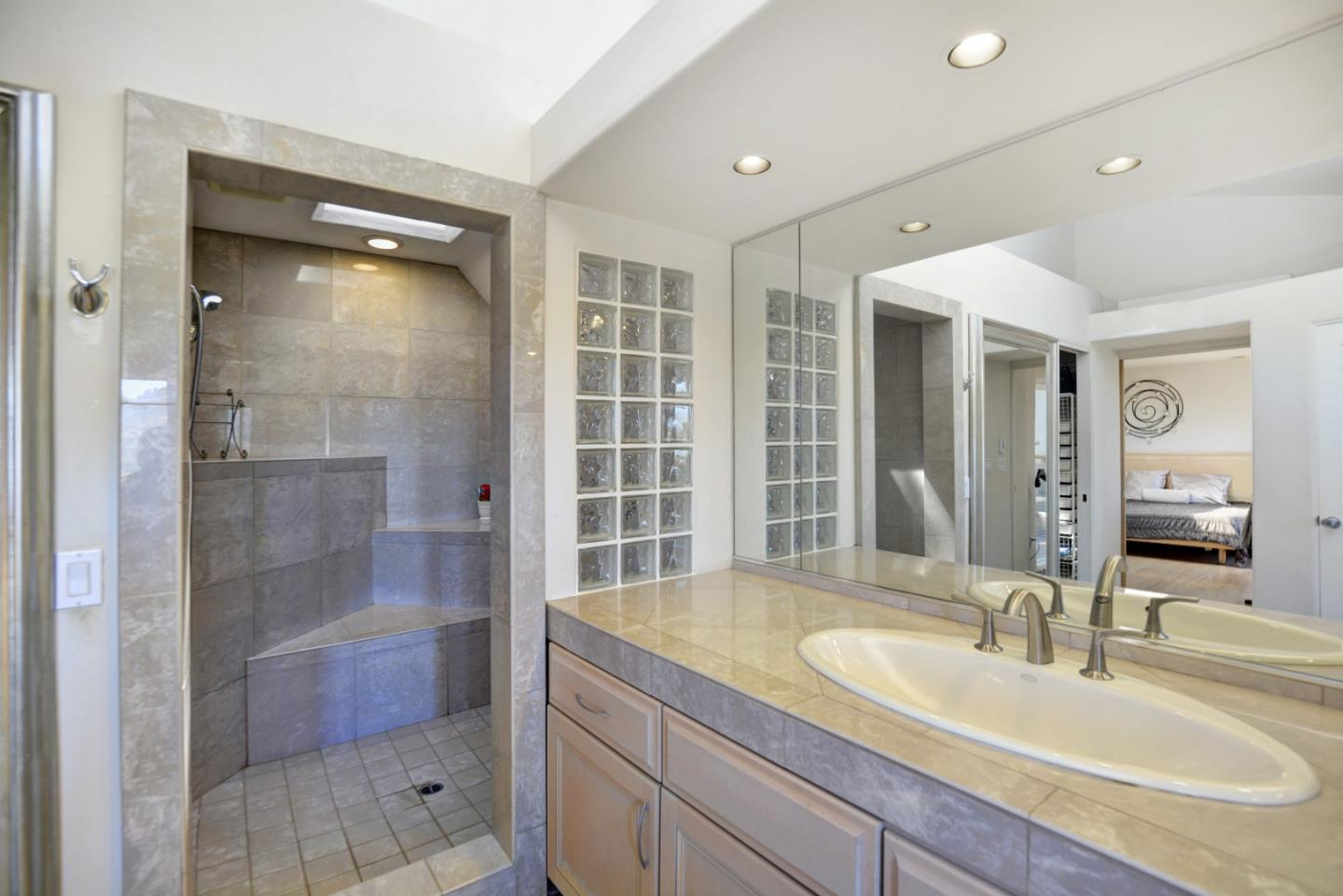 Additional photo for property listing at 5 Southview Ln  CARMEL VALLEY, CALIFORNIA 93924