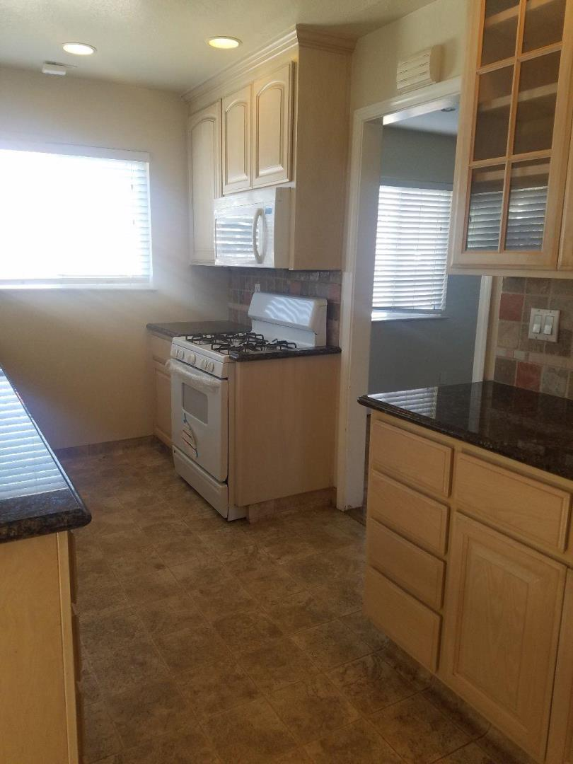 Additional photo for property listing at 3110 Riddle Rd  SAN JOSE, CALIFORNIA 95117