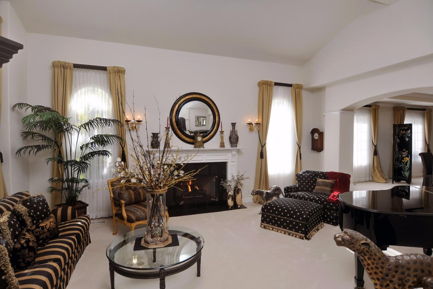 Additional photo for property listing at 9 Colton Ct  REDWOOD CITY, CALIFORNIA 94062
