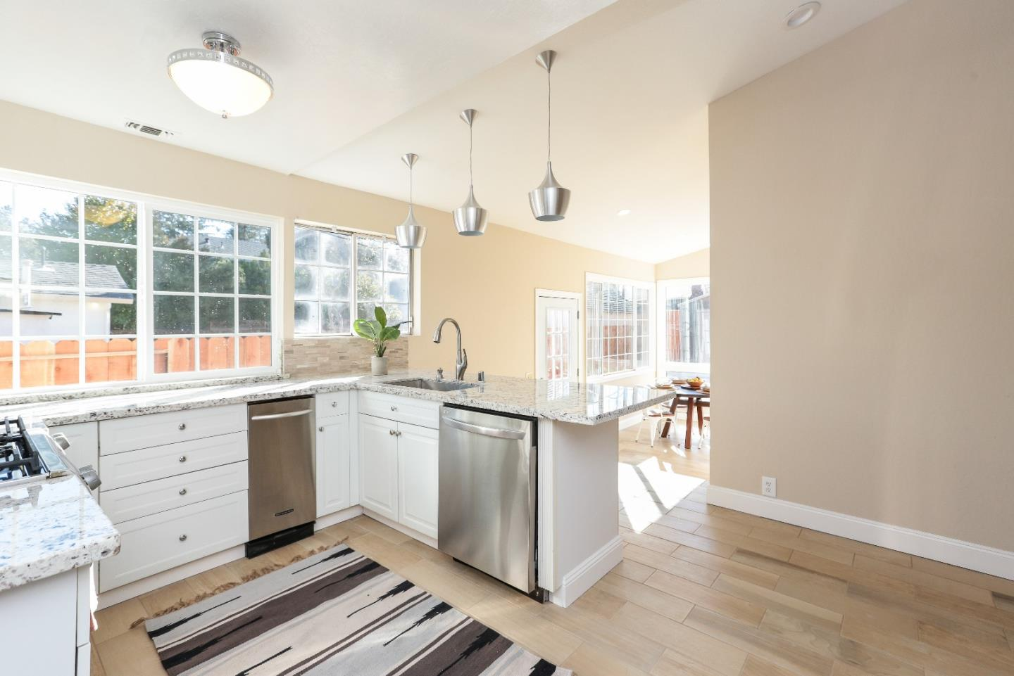 Additional photo for property listing at 1018 Hazel Ave  CAMPBELL, CALIFORNIA 95008