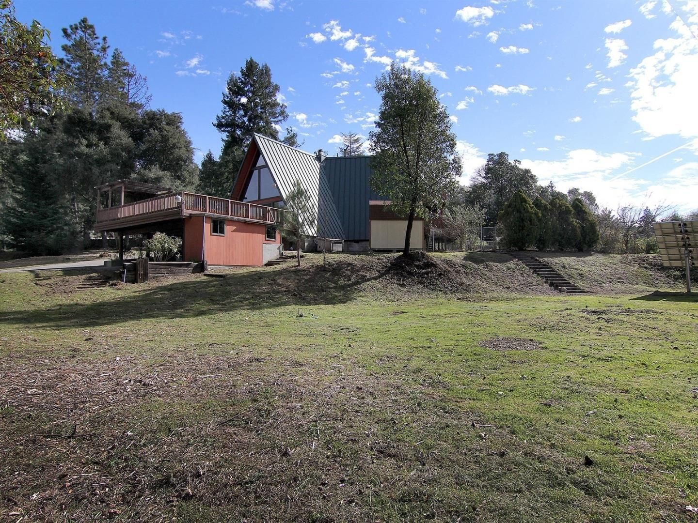 Additional photo for property listing at 60 Old Orchard Rd  LOS GATOS, CALIFORNIA 95033