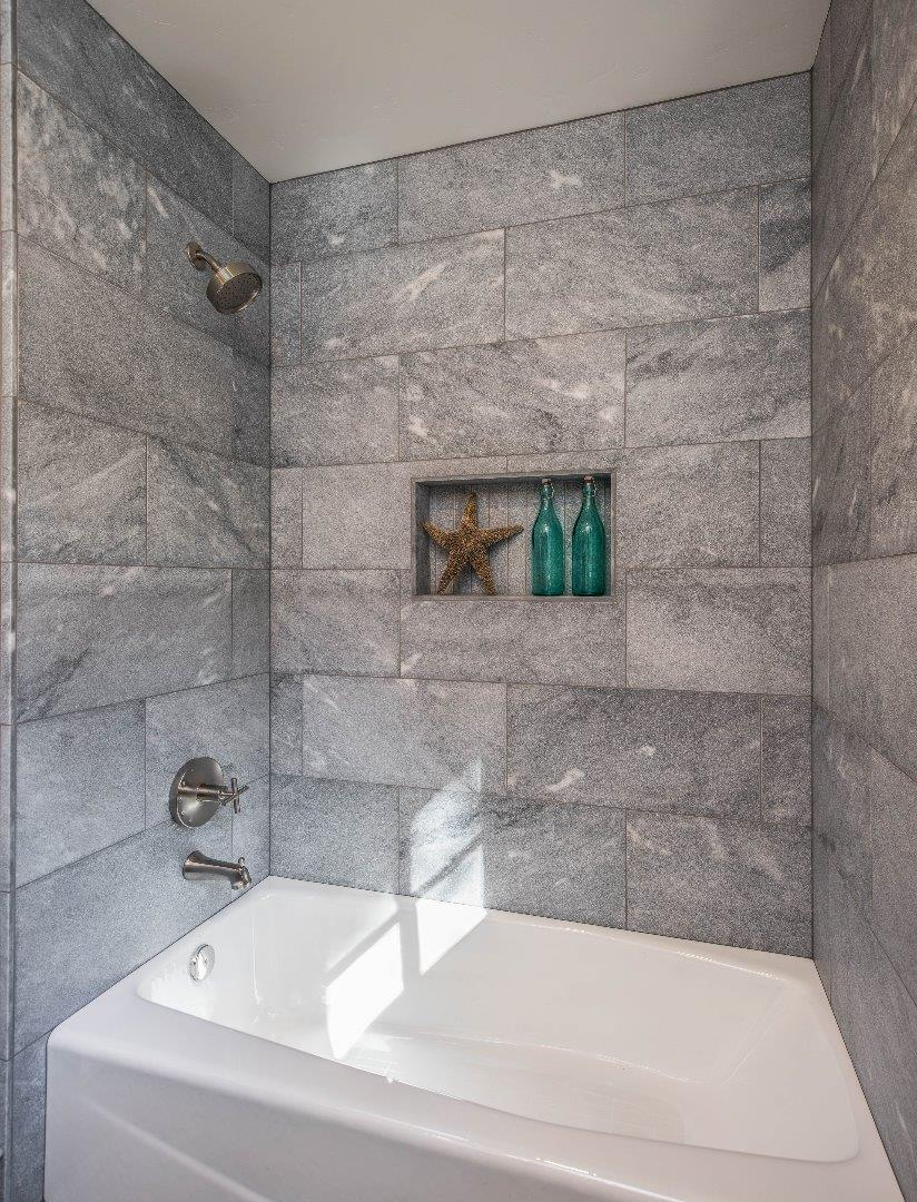Additional photo for property listing at 14 Greenwood Way  MONTEREY, CALIFORNIA 93940