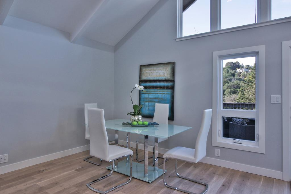 Additional photo for property listing at 8 Dover Ct  SAN CARLOS, CALIFORNIA 94070