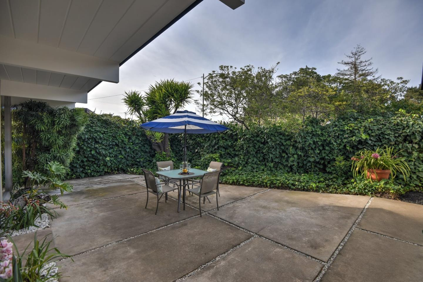 Additional photo for property listing at 1022 La Salle Dr  SUNNYVALE, CALIFORNIA 94087