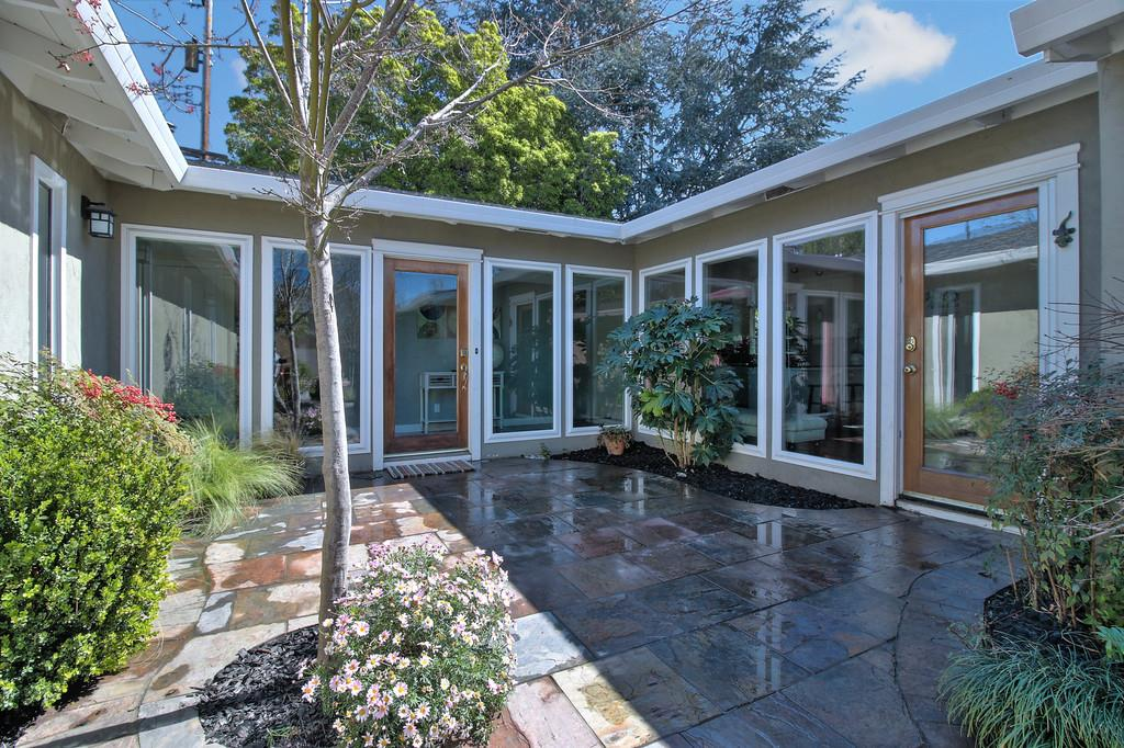 Additional photo for property listing at 892 Russet Dr  SUNNYVALE, CALIFORNIA 94087