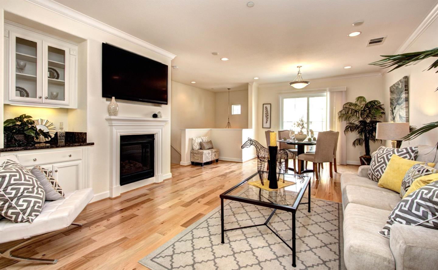 Additional photo for property listing at 205 Hockney Ave  MOUNTAIN VIEW, CALIFORNIA 94041
