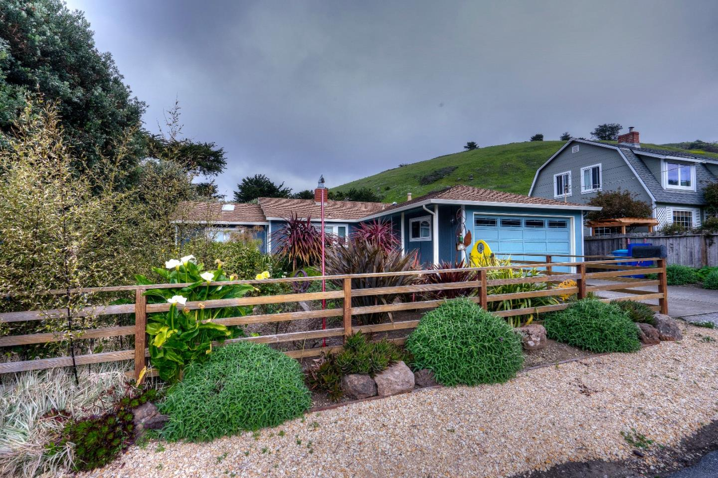 463 Ebken St Pacifica Ca 94044 Mls 81643043 Coldwell