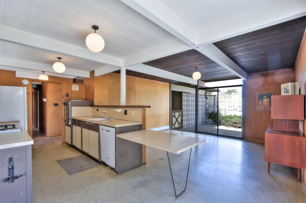 Additional photo for property listing at 30 White Plains Ct  SAN MATEO, CALIFORNIA 94402